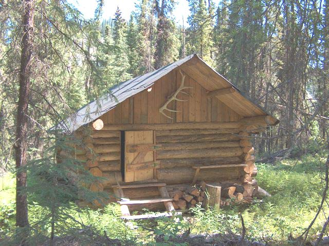 Accommodations and cabins hunting in british columbia canada for Cabins near hunter mountain